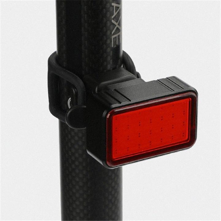 100LM vélo léger USB étanche rechargeable intelligente induction frein vélo feu arrière sécurité nuit Équitation Feu arrière LED de #