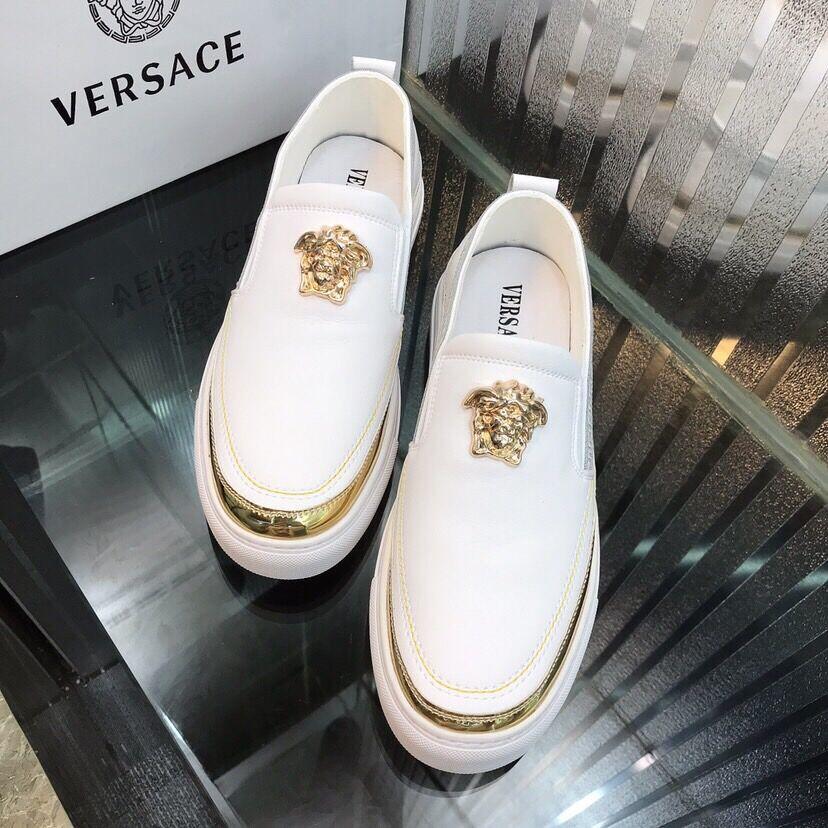 2020 V Mensentwerfer Schuhe weiß goldenen Muster Männer Schuhe gleiten auf beiläufige neue Art und Weise Luxus Männer Laufschuhe