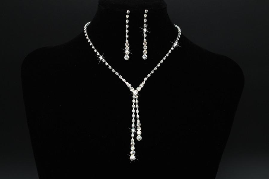 Korean style small clear rhinestone necklace jewelry earring set jewelry simple Bride Special Wedding Accessories Cheap