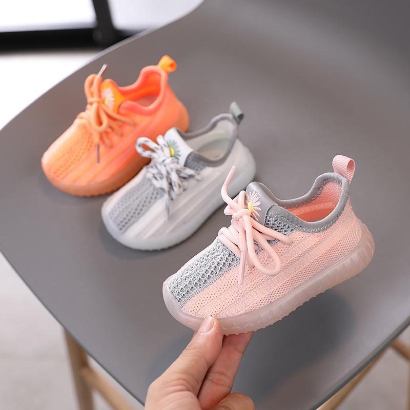 La nueva manera del bebé zapatillas de deporte de las muchachas del niño Mesh Zapatos para niños Niños Zapatos ocasionales calientes