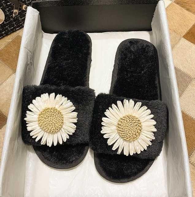 2020 Женщины Пушистый Тапочки Женская обувь Симпатичный плюшевый волосы пушистые сандалии Женские меховые тапочки зима теплая женщин Горячая