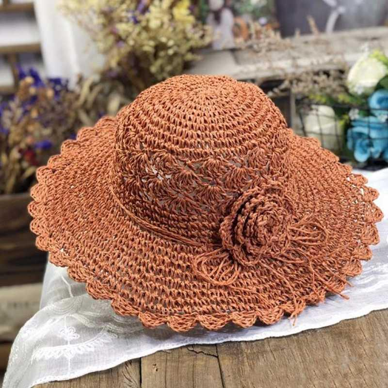 Ручной Вязаный Цветочные Бич шлемов Sun женщин Сладкие на открытом воздухе соломенной шляпе Путешествие Матч Большой Брим Dome Caps Складная 55-58cm