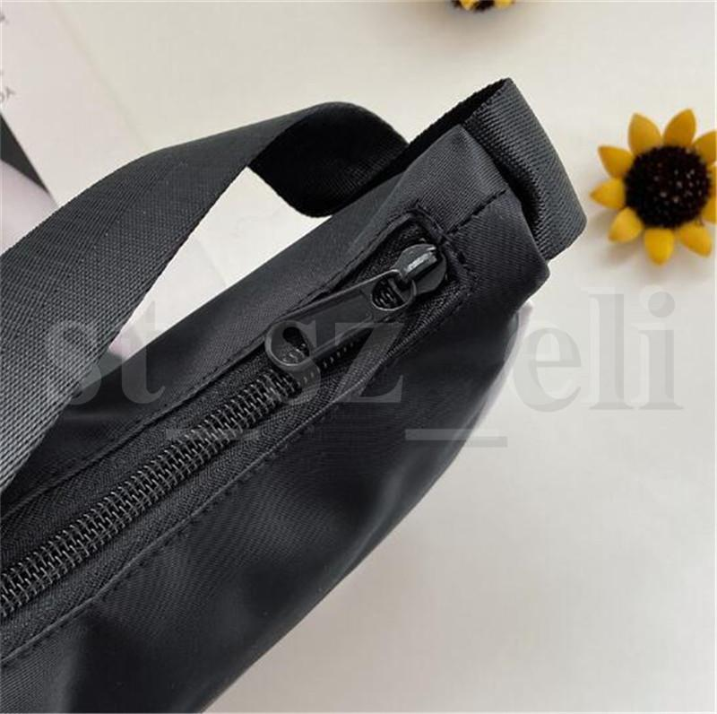 Fashion Designer Bags Women Waterproof Nylon Makeup Handbag Lady Hobos Bag for Men and Women Storage Cosmetic Bags
