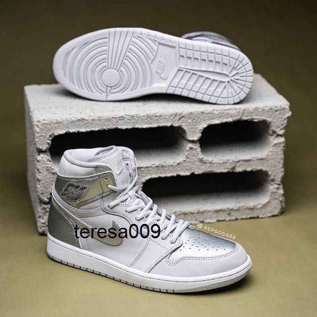 2020 Authentic Nike air jordan retro 1 High OG Japan 2001 2020 CO.JP Mens Basketball Shoes Neutral Grey White Metallic Silver 1S Sports Sneakers DC1788-029