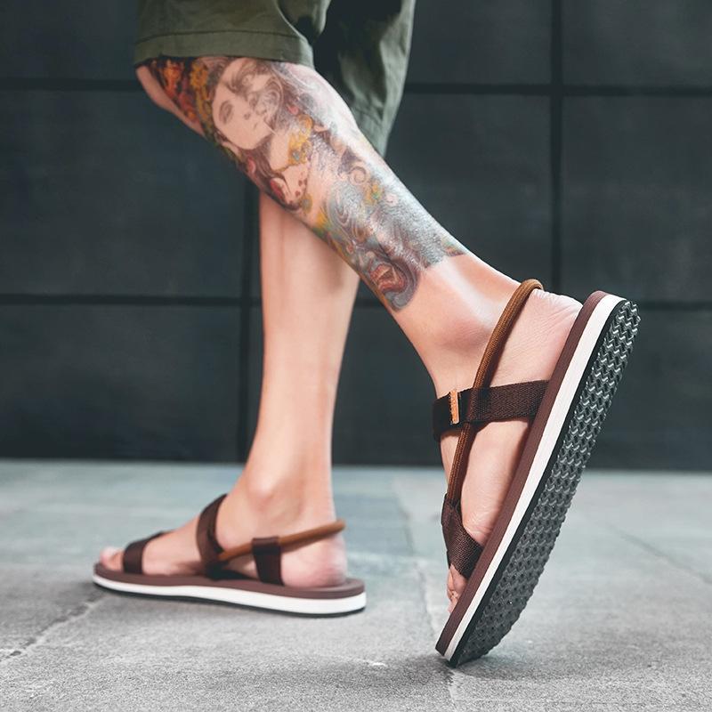 Mode nouveau été antidérapante hommes en plein air et pantoufles de sandales sandales pantoufles de plage