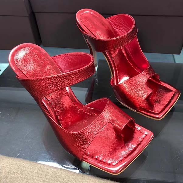 Nuovo progettista Sandali donna Dress scarpe di lusso Flip Flop Nappa sogno punta quadrata delle signore del sandalo casuale pantofole alti con scatola