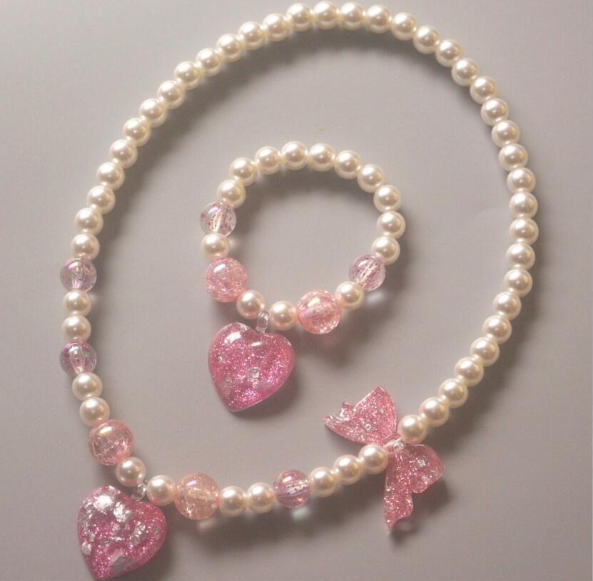 Девушка дети Jewelry Новый детский Жемчужное ожерелье браслет два кусок набор любви Star бабочки принцесса ювелирных Рождественский подарок