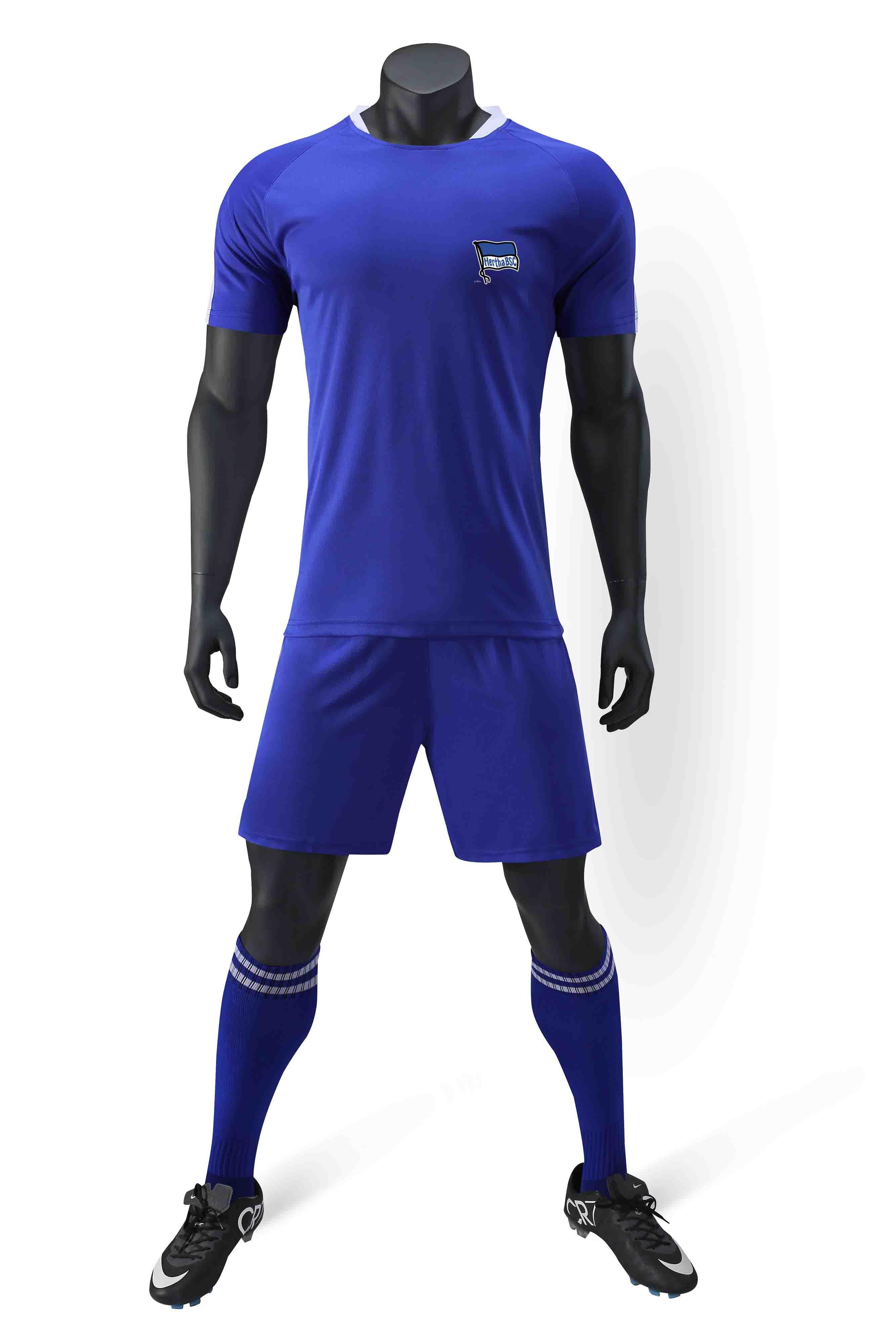 Герта 100% полиэстер спорта новый шаблон случайные футболки футбол костюм обучение модные мужские футбольные костюмы