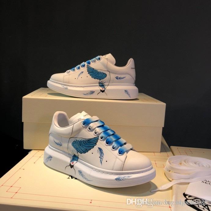 Alexander McQueen shoes 2020 Designer Triple S Chaussures Hommes Casual Triple S Sneaker Femmes Chaussures en cuir Casual Top Souliers simple