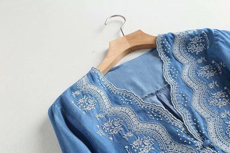 borde la ropa 2020 de las mujeres 7TYav QBVvx M4602-Corea y el otoño Nuevo V-cuello del resorte ondulada bordados Tencel denim para el bordado Camisa wo