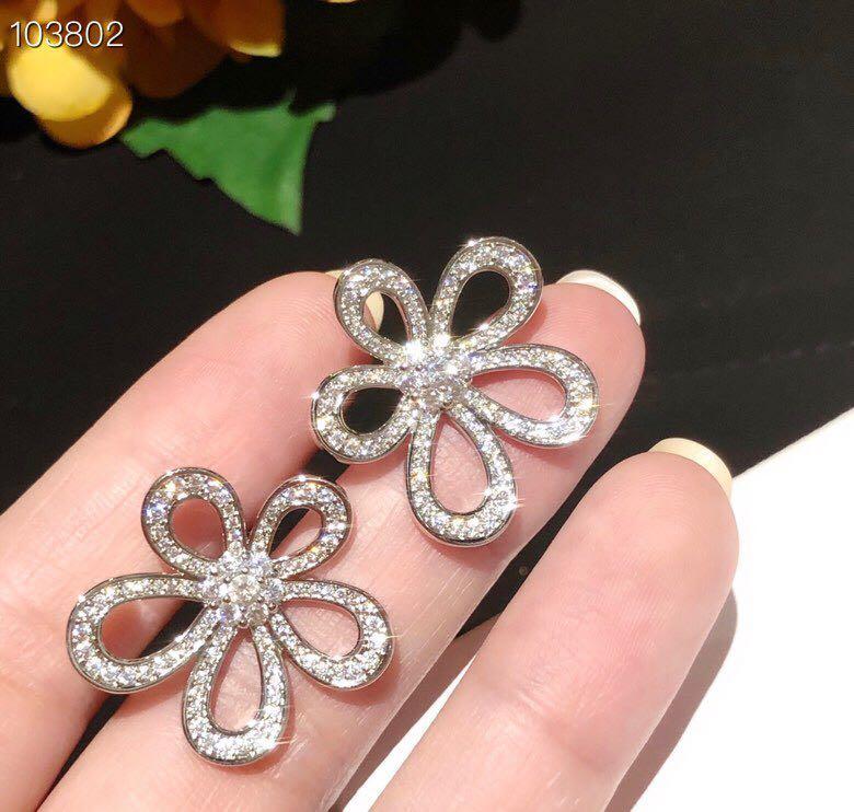 Lüks Flowerlace Marka Tasarımcı S925 Gümüş Tam Kristal Hollow Beş Yaprak Çiçek Charm saplama Küpe İçin Kadınlar