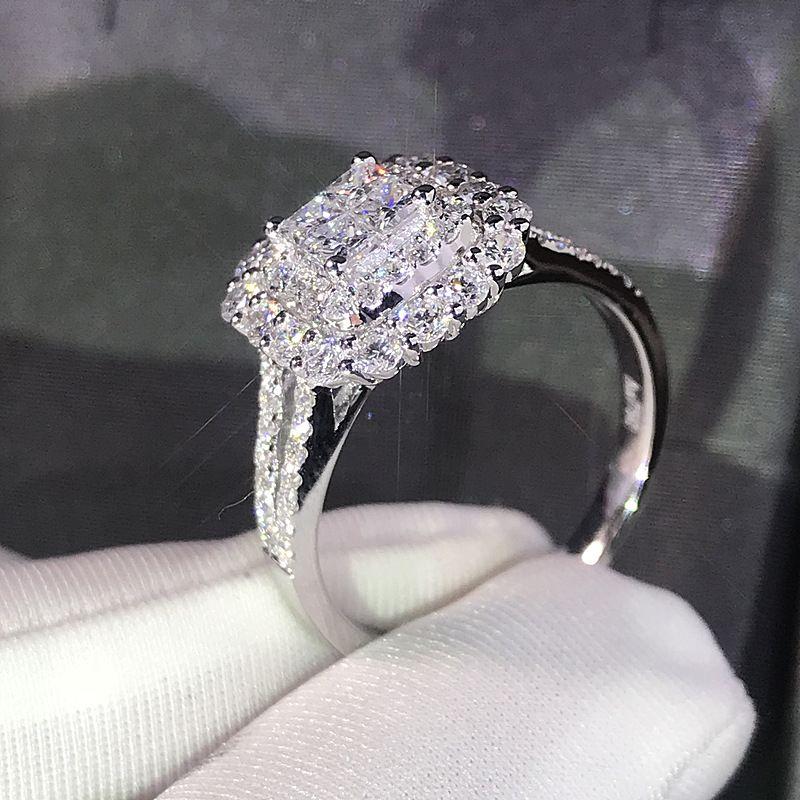 Anel de moda do casamento requintado Cor Prata incrustados zircão Engagement Jóias da Square completa Mulheres Rhinestone dom feminino