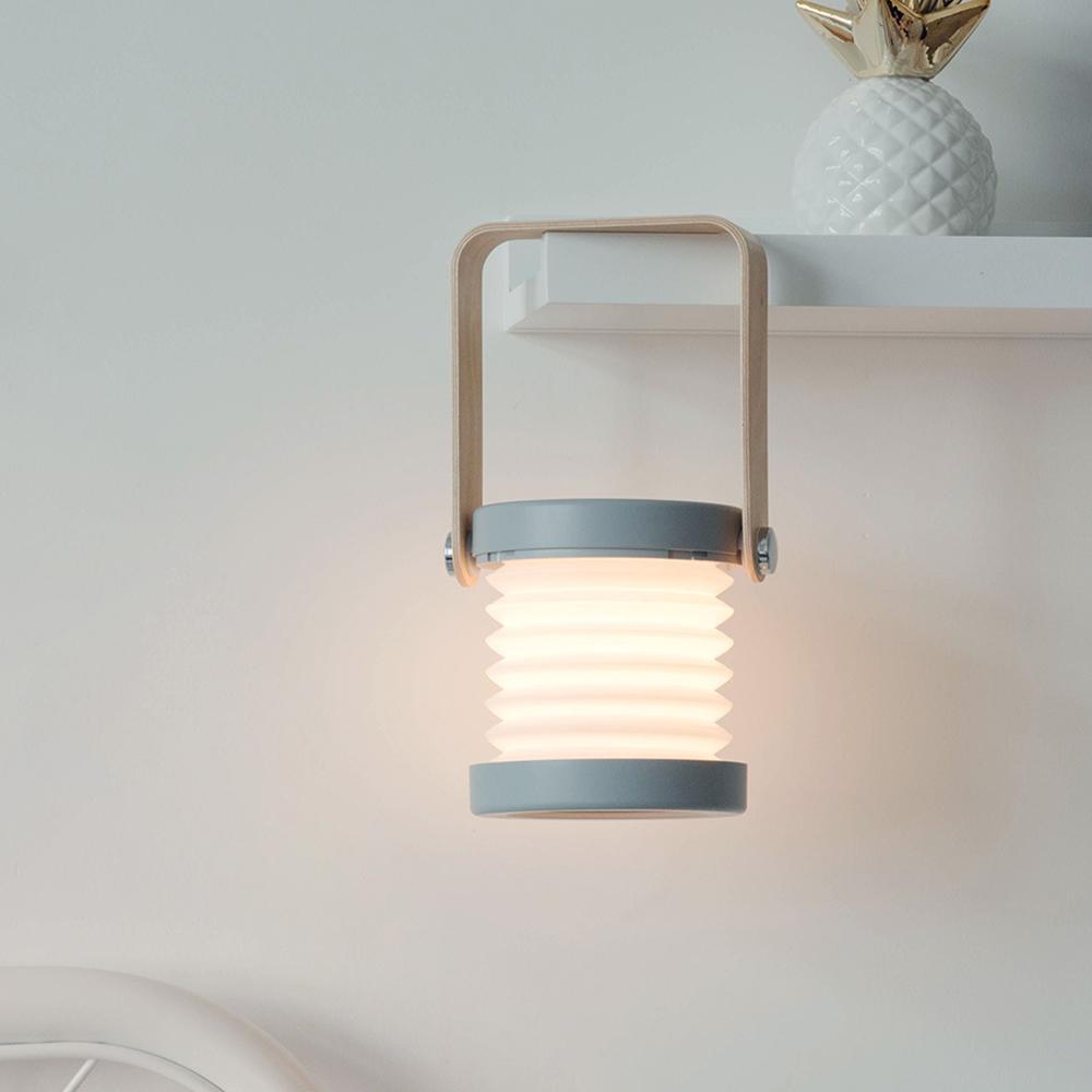 2018 heiße Verkaufs-Holzgriff bewegliche Laterne Lampe teleskopisch LED Tischleuchte Ladenachtlicht Leselampe