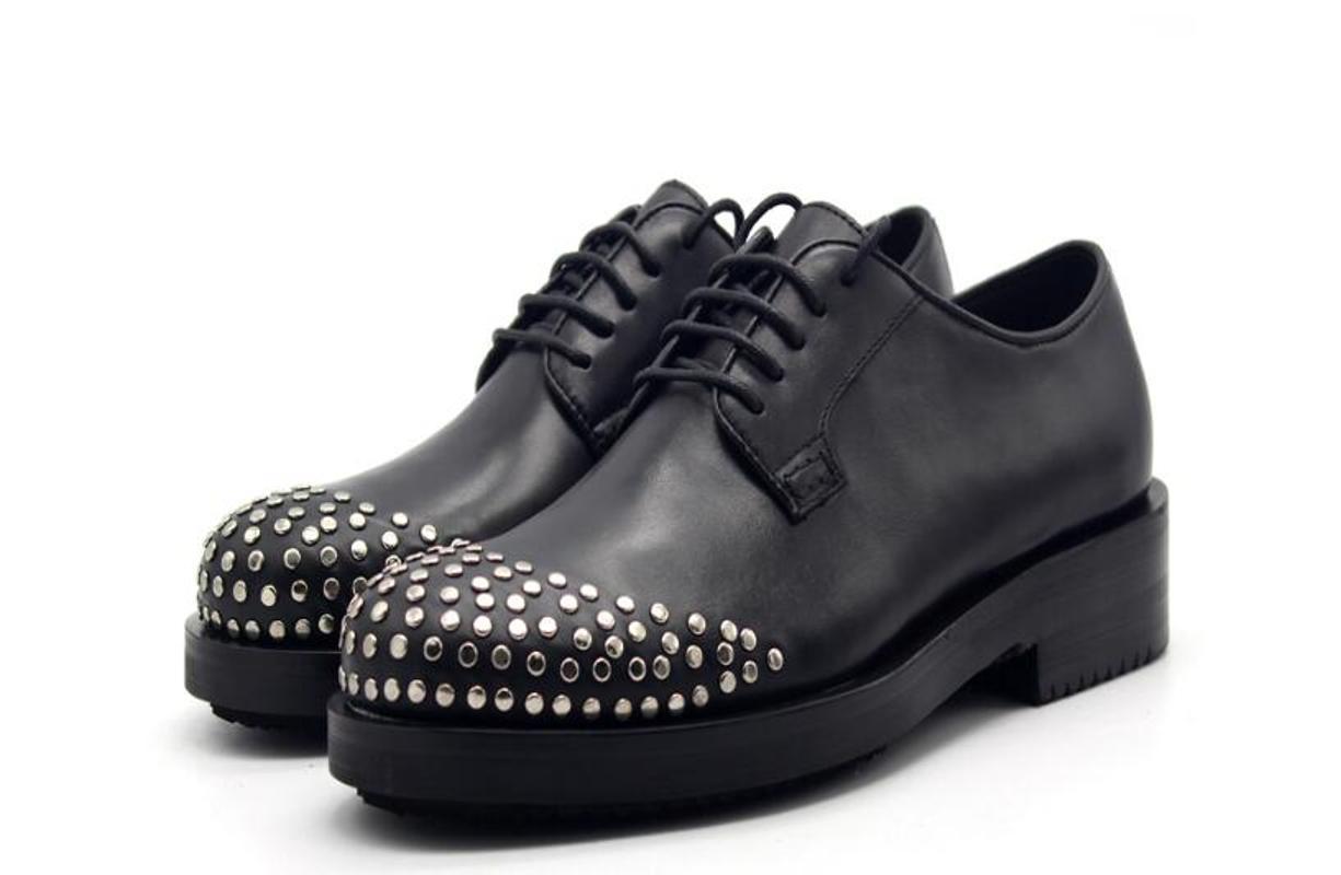 erkekler için resmi nikah iş ayakkabıları kadar yüksek üst el yapımı erkekler ayakkabı yuvarlak ayak siyah perçin hakiki deri dantel