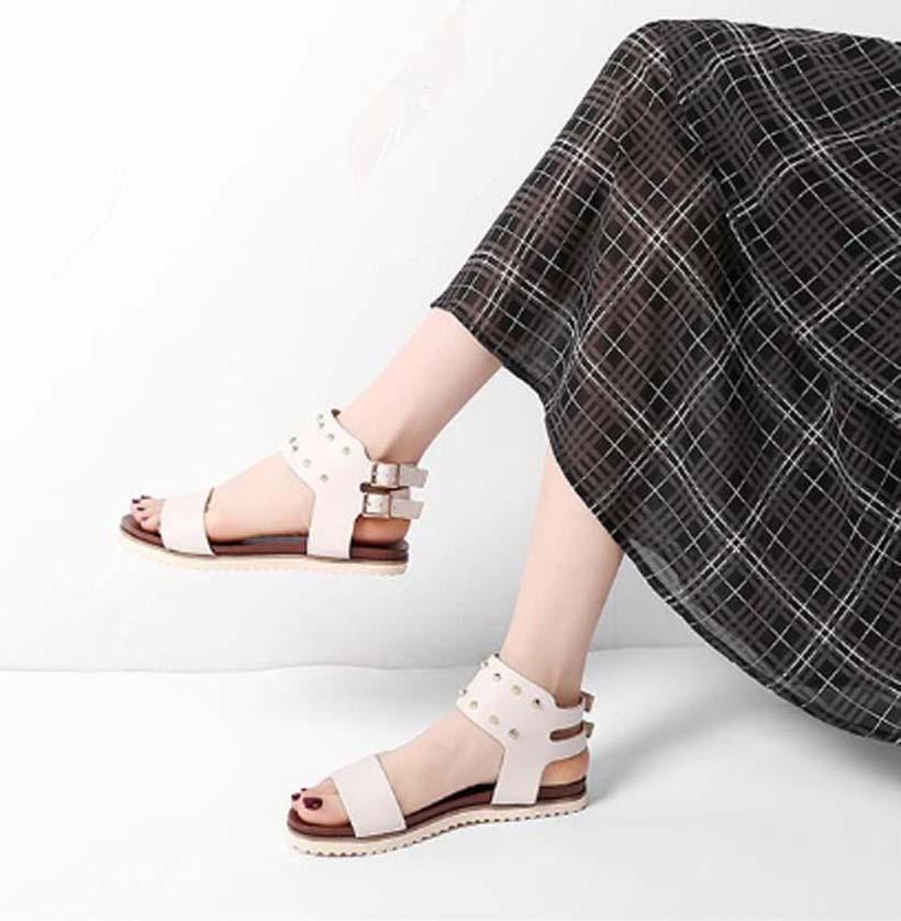 La moda de invierno de las mujeres sandalias de verano Pisos atractivas de cuero reales rsandals plataforma zapatos de los planos de las señoras del deslizador de los zapatos de playa SH04 P41