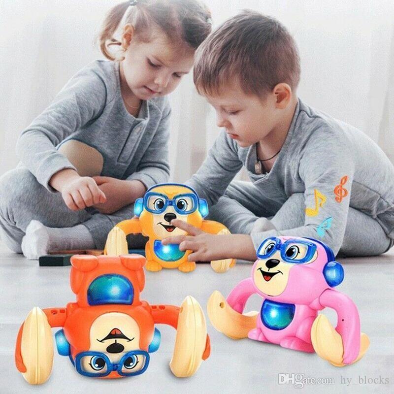 Giocattoli Giocattoli Sensing Toy Cartoon Monkey Kids Baby Walk Game Brain Brain Brawling Sing Electric Animali domestici Controllo vocale Rotolamento CTBWK