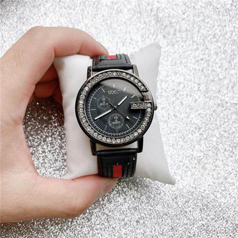 Con la caja de lujo para mujer Marca Nueva relojes de cuarzo para hombre del reloj de los deportes Mujer Moda correa de caucho niña ver Montre