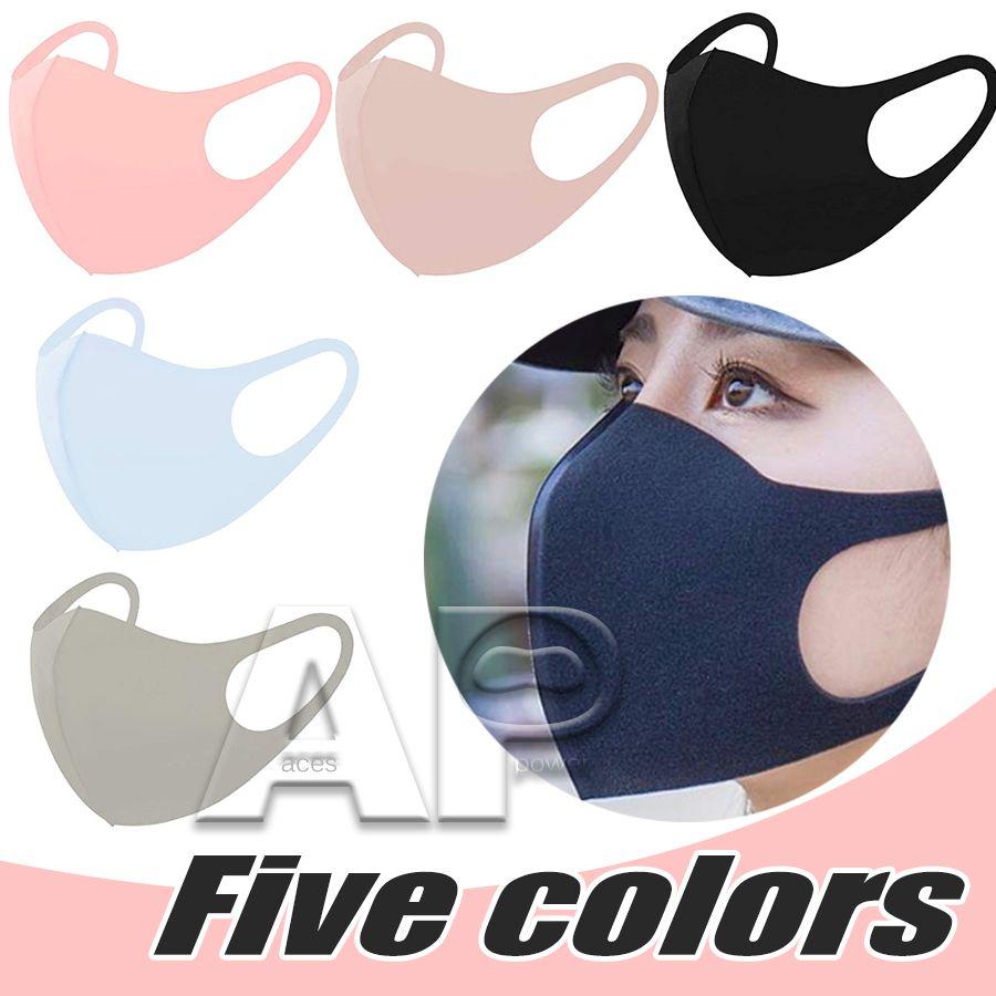 Face anti-poussière Couvre-bouche Masque Respirateur anti-bactérien anti-bactérien lavable réutilisable réutilisable de soie de coton masques en stock