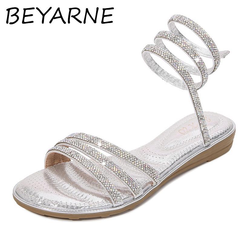 BEYARNE sur mesure toe anneau de pied en métal sandales pince troupeau gladiator femmes chaussures femme fermeture éclair au dos fermé talons plats sandalias mujer