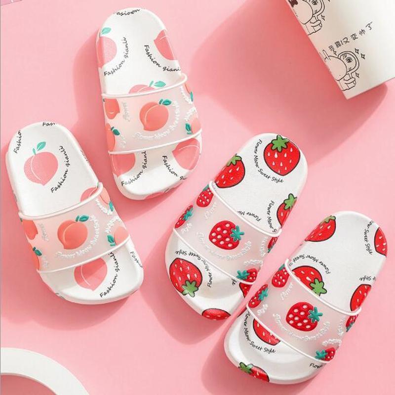 enfants d'été sandales slide pantoufles fille fraise fruit dessin animé chiquenaude intérieur flop, les enfants de plage chaussures rez-de-maison