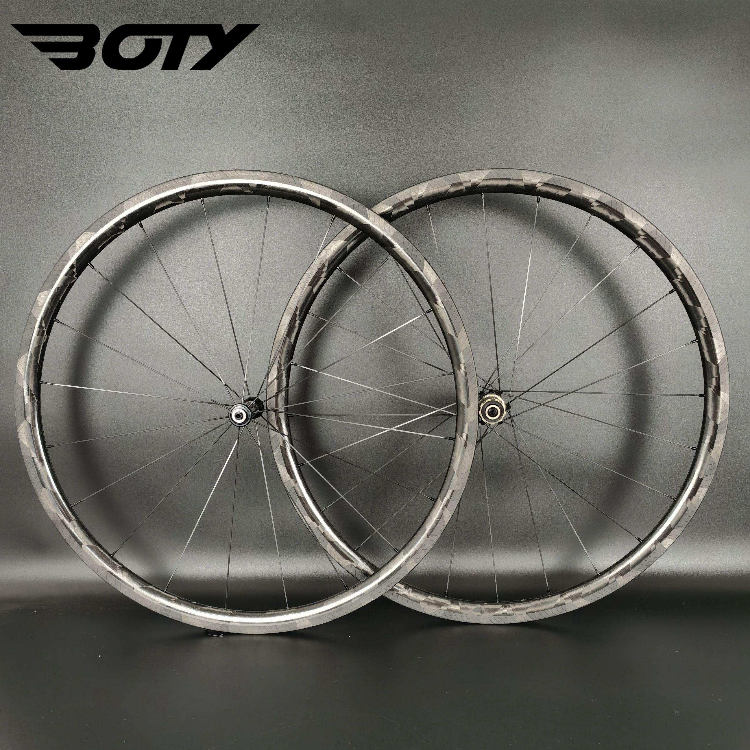 Ultralight 700C carbon wheels 30mm depth 24mm width clincher/Tubular Road bike carbon wheelset with Novatec hub 20-24 hole