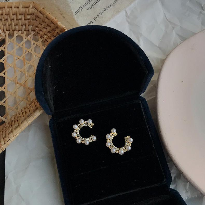 Vente Hot S925 Vintage Style perle Stud INS Mode Ziron Cercle Femmes Boucles d'oreilles de soirée de mariage pour la jeune mariée conception Boucles d'oreilles