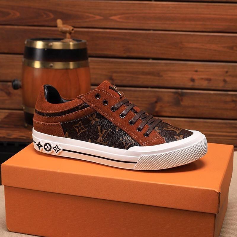 2021c Luxuxentwurf Qualitäts-Leder gedruckt Gummisohle Turnschuhe Mode Wilde Herren Freizeitschuhe Männer; S Bankett Schuhe Größe: 38 -45