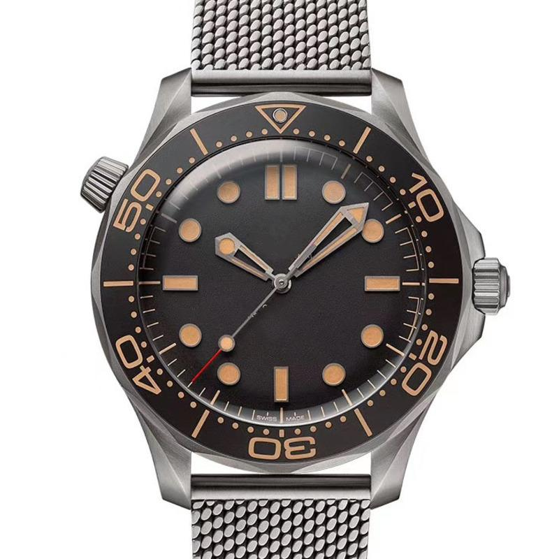 Mode Herren James Bond 007 Brown Pfeil Kein Zeit zum Sterben Nato Nylon Strap Mechanische Automatische Männer Uhren Bewegungsuhr Uhren Armbanduhren