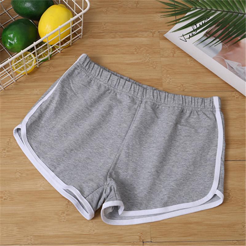 Kadınlar Spor Şort Yaz 2020 Yeni Casual Elastik Orta Bel Patchwork Skinny Sıcak Şort Casual Lady Kısa Pantolon