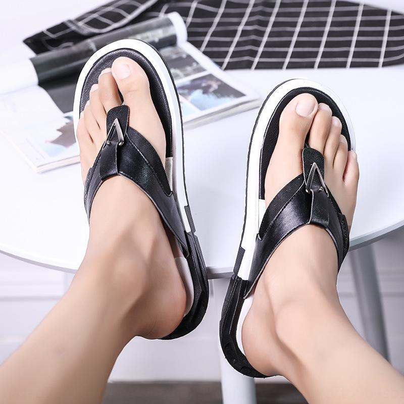 Pelle perizoma di vibrazione degli uomini flop traspirante infradito e sandali antiscivolo morbido sandali inferiori esterno maschile