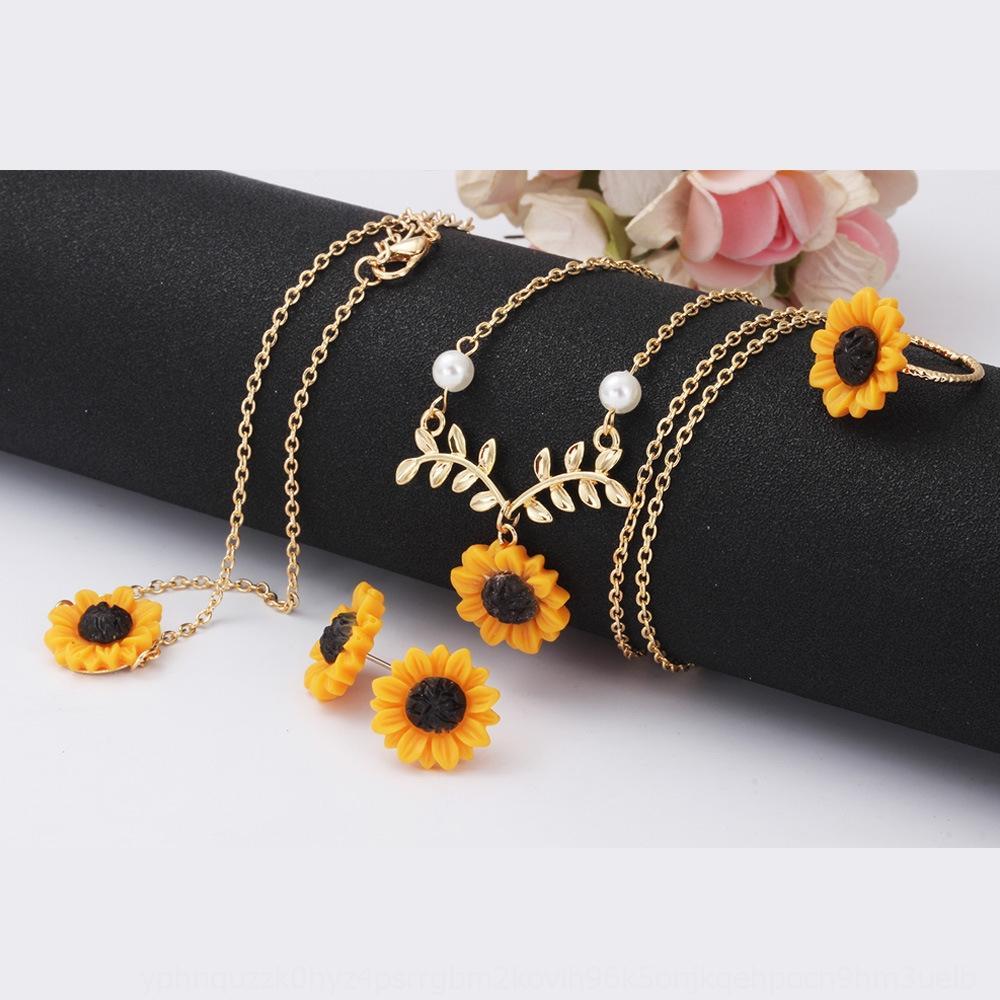 Takı moda yaratıcı küpe seti Takı moda yaratıcı ayçiçeği ayçiçeği küpe halka Dört parçalı kolye bilezik kolye yüzük