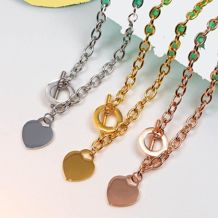 الفضة / وردة الذهب / الذهب أزياء الرجال والنساء قلادة القلب سحر 316L الفولاذ المقاوم للصدأ ربط سلسلة قلادة لا تتلاشى مع الزمن مصمم مجوهرات
