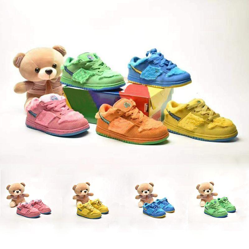 Маленькие дети скейтбординг обувь нечеткий мех верхние благодарные мертвые X SB Dunks Низкий зеленый розовый оранжевый медведь Opti желтая голубая ярость малышей
