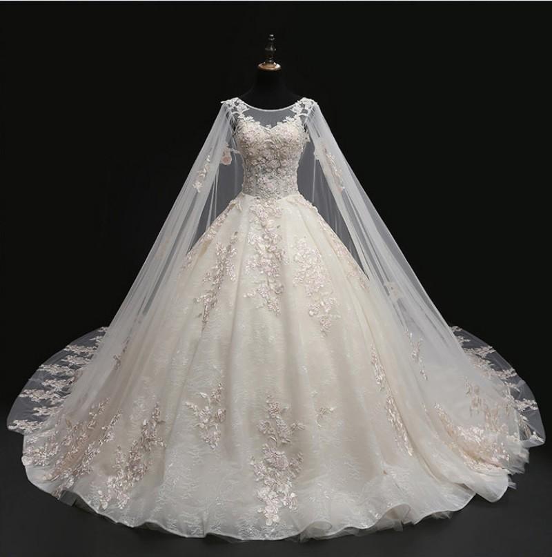 Vestidos de casamento luxuosos apliques lantejoulas lantejoulas de laço vestidos de esfera nupcial vestidos de noiva feitos sob encomenda de lace-up volta varrer trem Robe de Mariée
