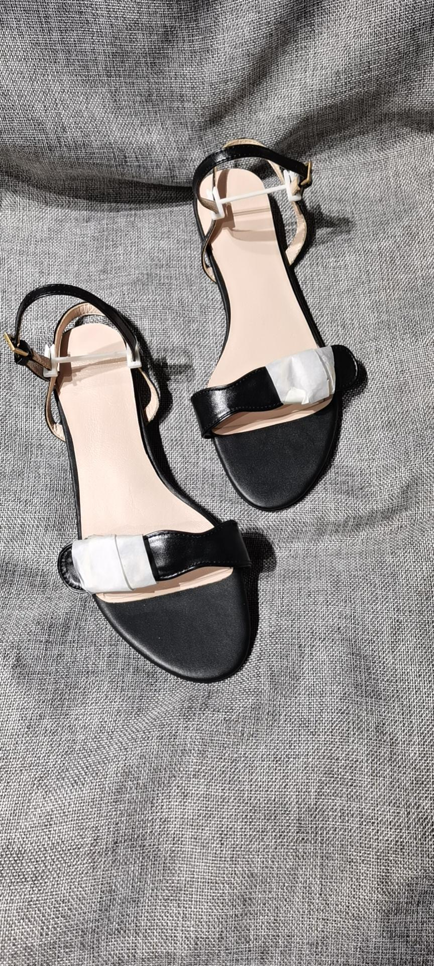 Venta caliente de verano zapatillas para mujer chappa femenina zapatillas de hongos sandalias de PVC Sandalias de jalea de camelia zapatos de playa