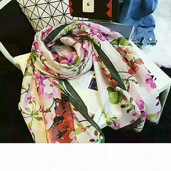 De alta calidad 100% señoras del patrón de impresión de la moda collar de la bufanda de seda 180 * 90cm bufandas chal de diseño con la caja