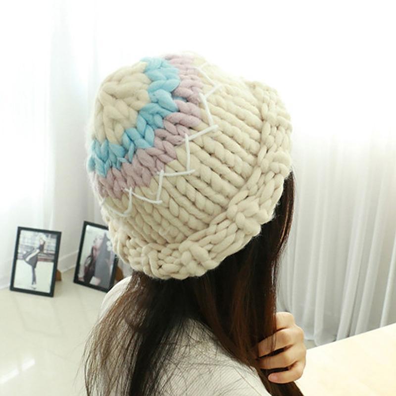 Kadınlar Moda İçin Nedensel Kış Örgü Şapka Sıcak Manuel Yün Örgü Earmuffs Yumuşak Şapka Kız Yüksek Kaliteli Kadın Caps tutun