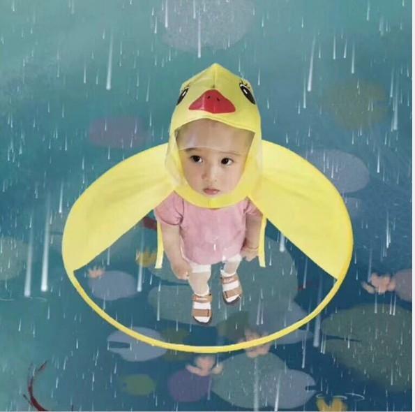 963wE imper enfants canard jaune volant Cape TikTok soucoupe EVA poncho manteau boyskindergarten internet célébrité Rainco enfants bébé