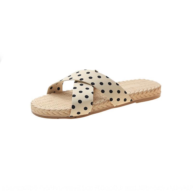 pantoufles célébrité Internet vêtements d'été en plein air femmes 2020 nouvelles sandales plates occasionnels tongs polka fille fond dot-san tongs mer