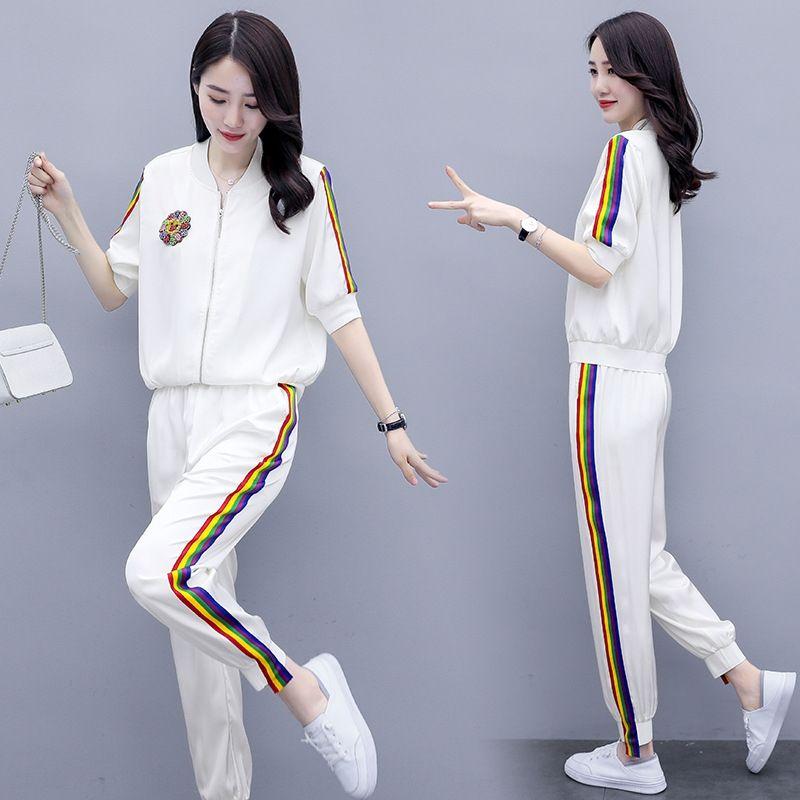 Juego de pantalones de las mujeres del verano 2020 nueva manera ocasional delgada capa del cortocircuito de ajuste de color correspondiente a rayas abrigo corto pantalones harén de dos piezas W77tt W77t