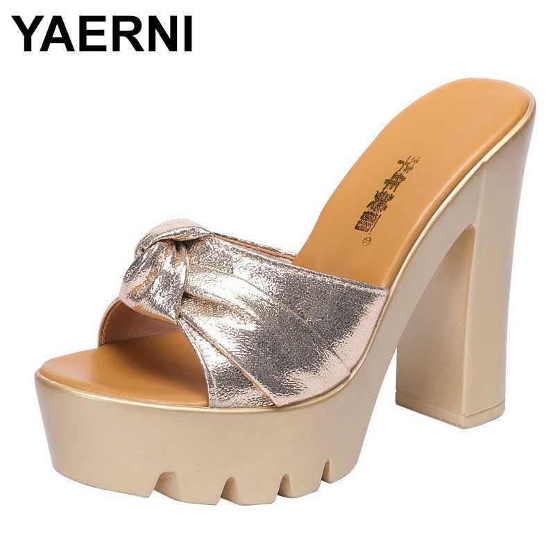 YAERNI deslizadores de la manera del verano de las mujeres zapatos de vestir al aire libre 2020 nuevos altos talones de diapositivas de las señoras elegantes plataforma del ocio de los deslizadores