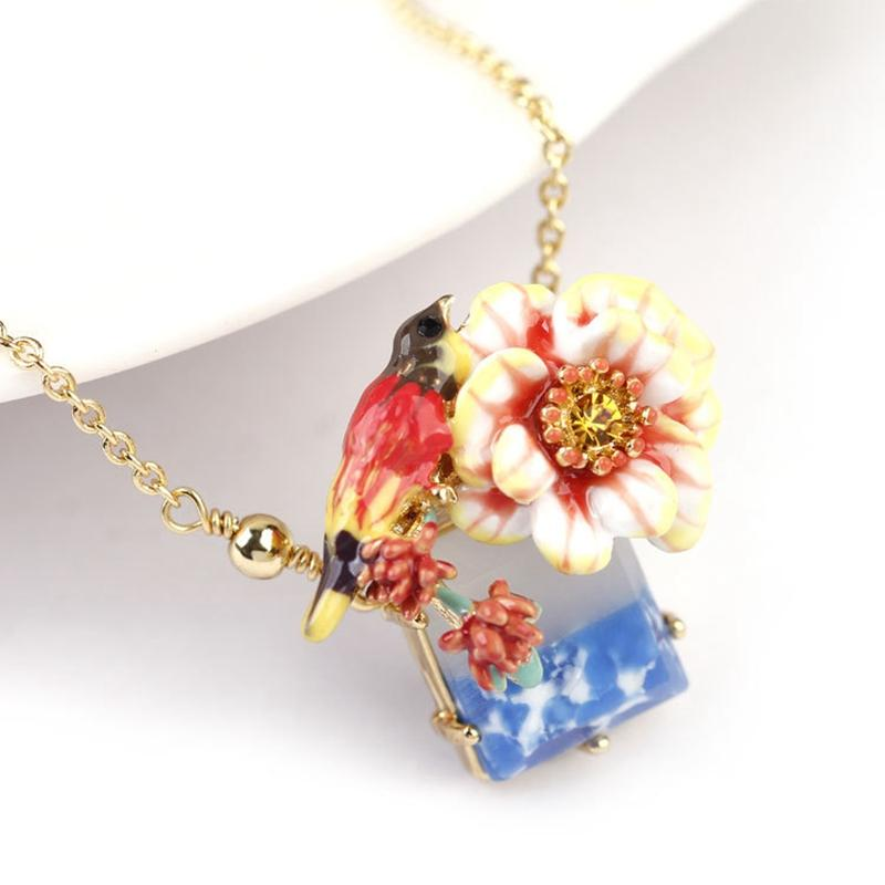 Fashion Enamel Bird Flower Necklace Chocker for Women Gold Plated Marble Stone Short Pandent Necklace Chains Jewelry XL027