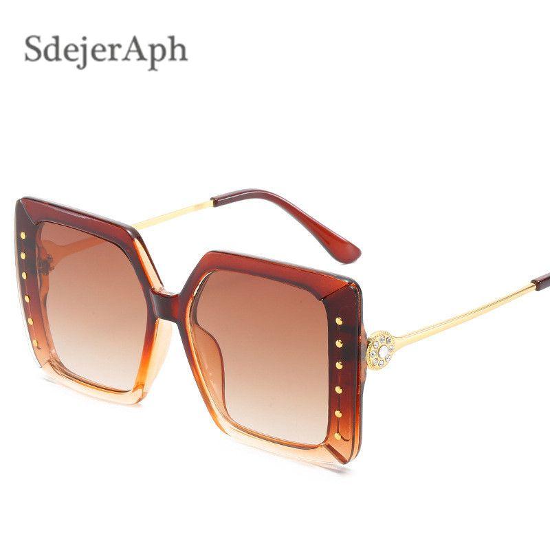 De gran tamaño gafas de sol retro punky del remache de las mujeres de los hombres al aire libre de la playa de la vendimia Marco cuadrado de señoras Gafas de sol Gafas de sol sombras Oculos