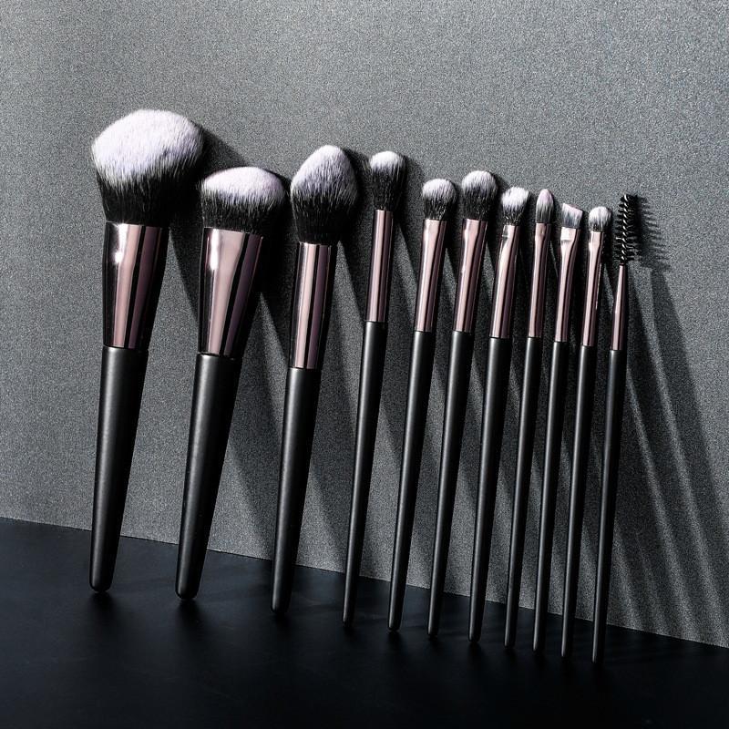 11pcs spazzole di trucco estetica Pro compone l'attrezzo corredo della spazzola di legno maniglia capelli sintetici