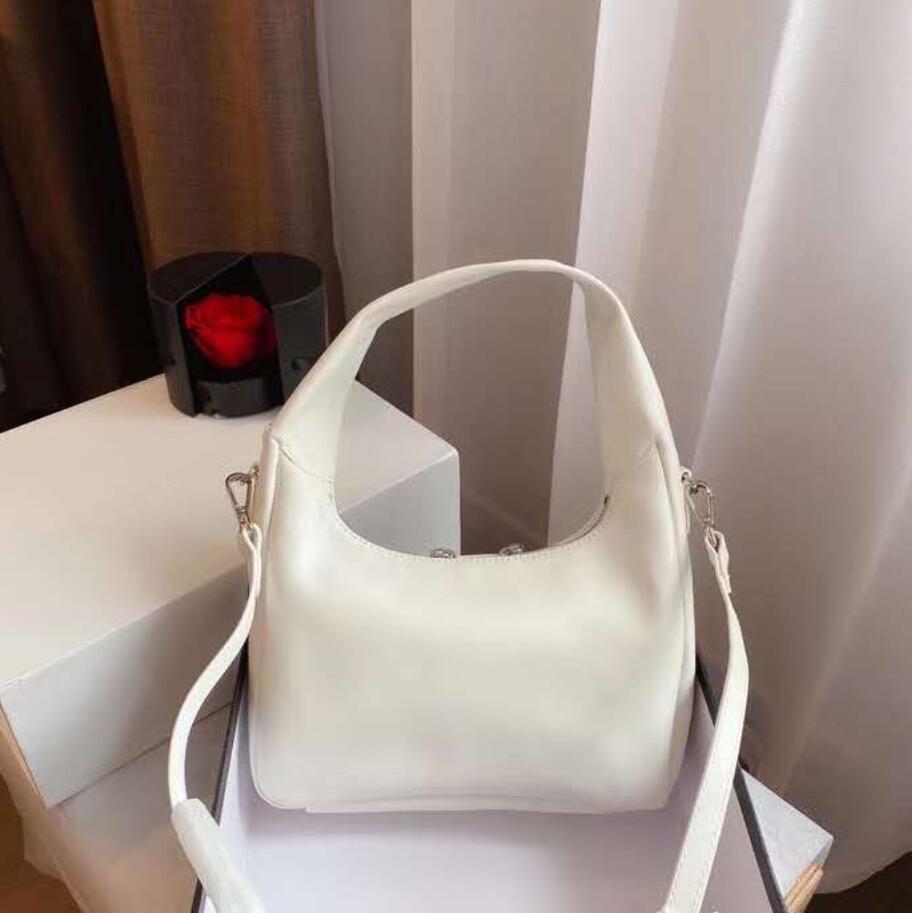 2020 Высокое качество кожи леди сумки Женщины подмышек сумка моды сумок на ремне