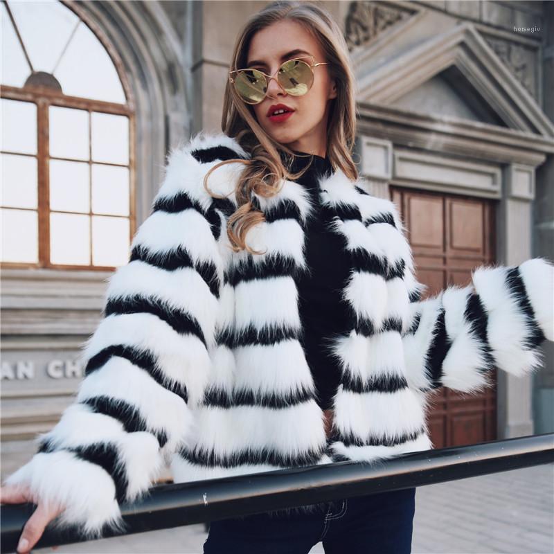 Coat Siyah Beyaz Şık Gevşek Hırka Uzun kollu Mürettebat Boyun Moda Kadınlar Coats Çizgili Kadınlar Palto Faux Kürk