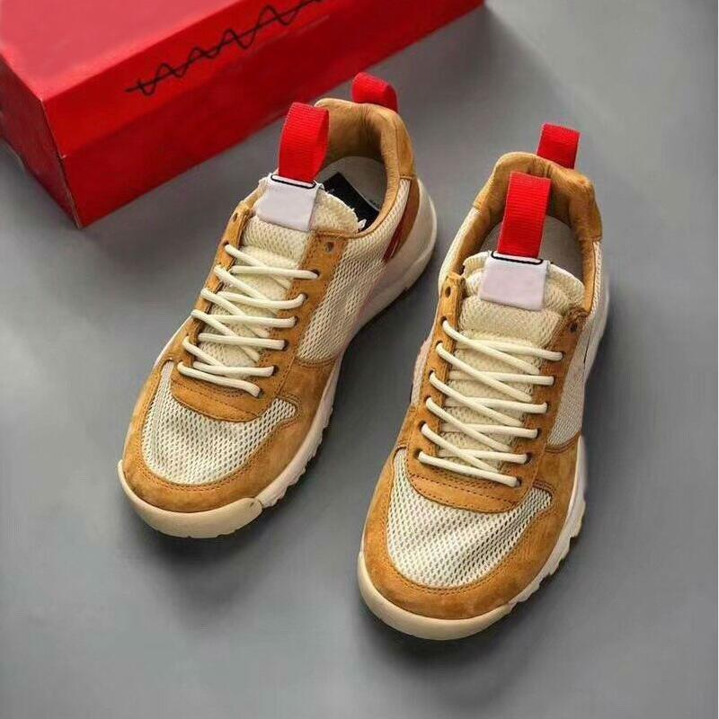 Tom Sachs Craft Mars Yar sapatos bege vermelho amarelo Homens Mulheres Zapatillas Vintage Causal Outdoor tênis tamanho 36-45