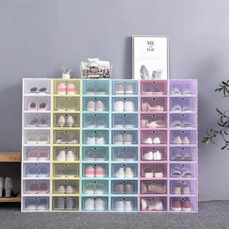 Espesado Caja de zapatos de plástico transparente Caja de almacenamiento de zapatos a prueba de polvo Flip Cajas de zapatos transparentes Color de caramelo Zapatos apilables Caja de organizador LX2837