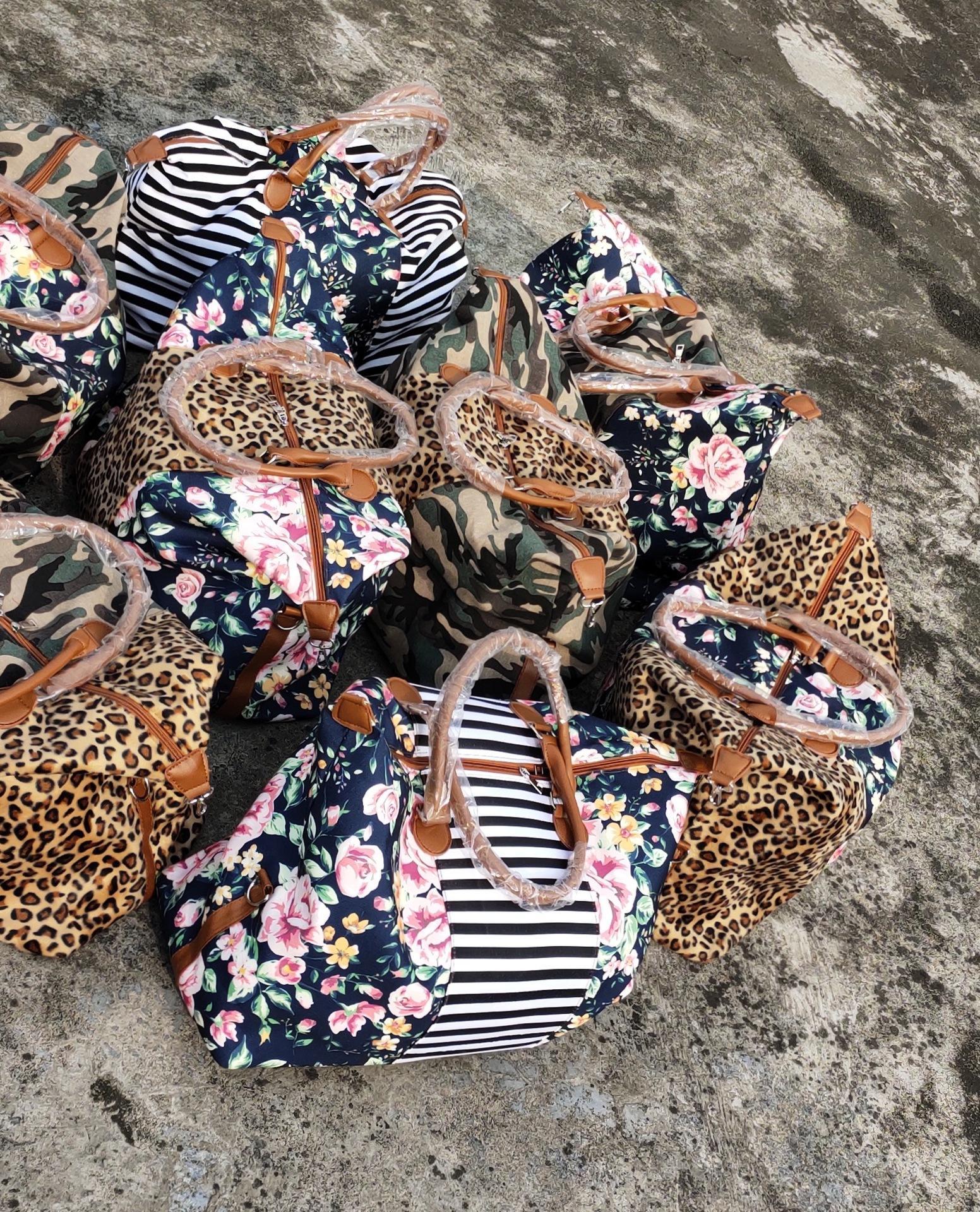 Camo avec des femmes florales Weekender sac à main léopard sac fourre-tout avec poignée en cuir floral grand léopard cause à effet serape sac à bandoulière rayé