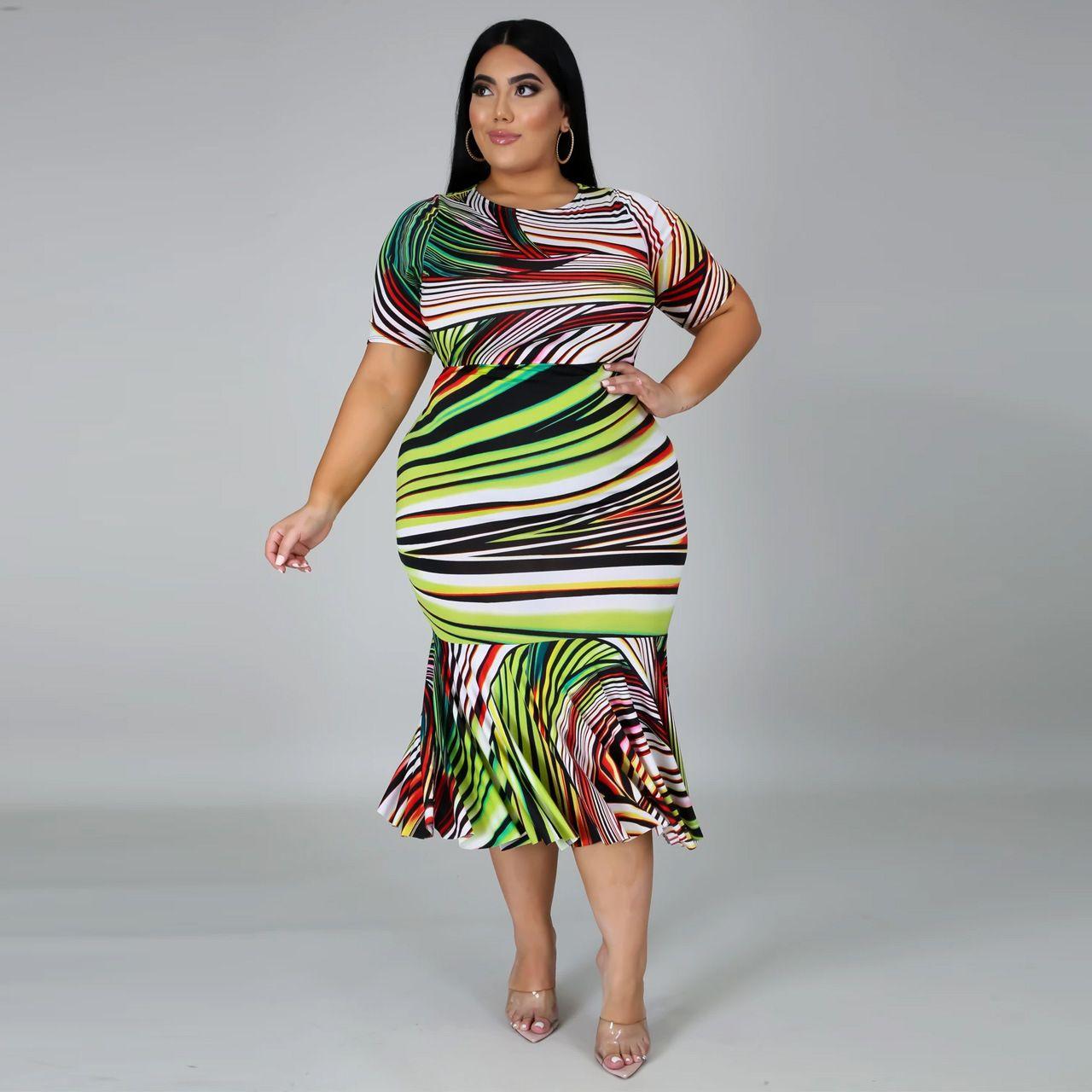 Plus Size Impression numérique Robe 2020 trompette / sirène de femmes Robes à manches courtes encolure ras du cou Robe Casual